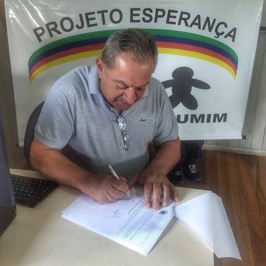 Entrega da Biblioteca Circulista David Callegari  ao PELOTÃO CURUMIM.